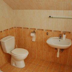 Отель Amigo Holiday Венгрия, Силвашварад - отзывы, цены и фото номеров - забронировать отель Amigo Holiday онлайн ванная фото 2