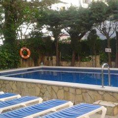 Отель Marbella Испания, Курорт Росес - отзывы, цены и фото номеров - забронировать отель Marbella онлайн бассейн фото 2