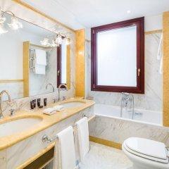 Baglioni Hotel Luna ванная