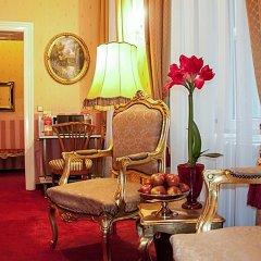 Отель Opera Suites интерьер отеля фото 3