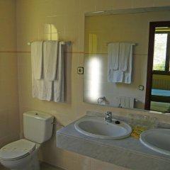 Отель Es Pletieus ванная
