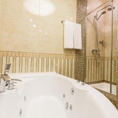 Гостиница Гоголь 4* Люкс с двуспальной кроватью фото 3