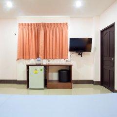 Отель Baan Sutra Guesthouse 3* Номер Делюкс с различными типами кроватей фото 8