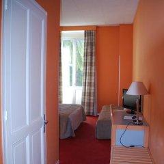 Отель Hôtel Saint Georges 3* Стандартный номер с различными типами кроватей фото 14