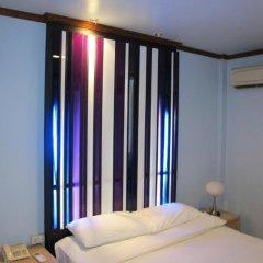 Suriwongse Hotel 3* Номер Делюкс с различными типами кроватей фото 4