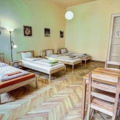 Pal's Hostel & Apartments Стандартный номер с различными типами кроватей (общая ванная комната) фото 2