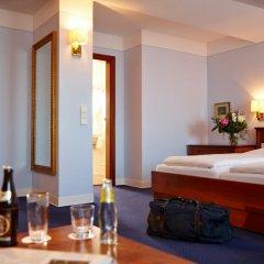 Hotel Concorde München 4* Люкс с двуспальной кроватью