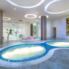 Grand Spa Hotel Avax бассейн