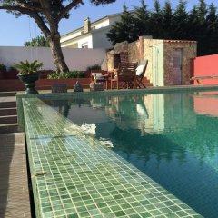 Отель Quatro Sóis Guesthouse бассейн