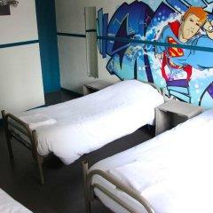 Отель Hôtel Absolute Paris République 2* Кровать в общем номере с двухъярусной кроватью фото 6