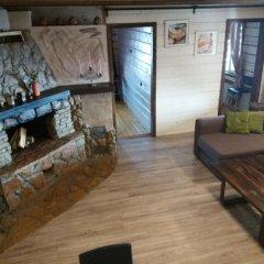 Гостиница Chalet with Fireplace for Family Vacation интерьер отеля