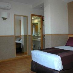 Отель Catalonia Park Güell 3* Номер категории Премиум с различными типами кроватей