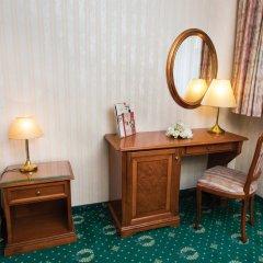 Danubius Hotel Astoria City Center 4* Стандартный номер с различными типами кроватей фото 2