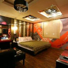 Haeundae Grimm Hotel 2* Номер Делюкс с различными типами кроватей фото 13