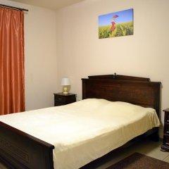 """хостел """"Зонт и шляпа"""" Стандартный номер с двуспальной кроватью фото 4"""
