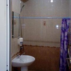 Гостевой дом Теплый номерок Номер категории Эконом с двуспальной кроватью фото 11
