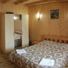 Гостиница Solnce Karpat Коттедж с различными типами кроватей фото 36