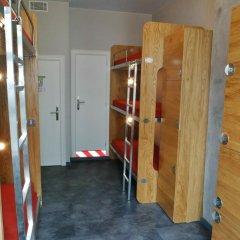 Train Hostel Кровать в общем номере с двухъярусной кроватью фото 5