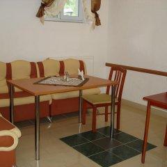 Гостиница Edelweis Хуст комната для гостей