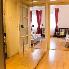 Апартаменты Apartment Vienna - Seilerstättergasse Вена сейф в номере