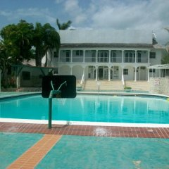 Отель Seacastles Vacation Penthouse бассейн