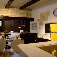 Отель Il Forn Accommodation Мальта, Зеббудж - отзывы, цены и фото номеров - забронировать отель Il Forn Accommodation онлайн питание фото 2