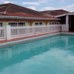 Village Hotel бассейн фото 2