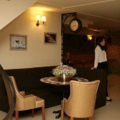 Отель Basilon Тбилиси в номере фото 2