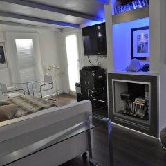 Отель Relais Badoer 2* Люкс с различными типами кроватей фото 10