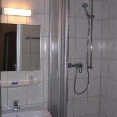 Hotel Pension Rheingold 2* Стандартный номер с различными типами кроватей фото 10