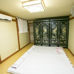 Отель Bukchonmaru Hanok Guesthouse фото 3