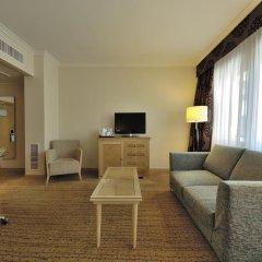 Отель Hilton Milan 4* Представительский номер с различными типами кроватей фото 12