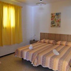 Отель Pensión Eva Стандартный номер с 2 отдельными кроватями (общая ванная комната) фото 9