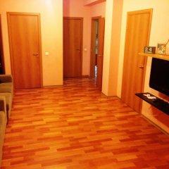Гостиница Гест Хаус Хостел в Новосибирске отзывы, цены и фото номеров - забронировать гостиницу Гест Хаус Хостел онлайн Новосибирск комната для гостей фото 5