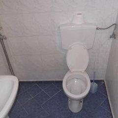 Отель Hostel Gjika Албания, Саранда - отзывы, цены и фото номеров - забронировать отель Hostel Gjika онлайн ванная фото 2
