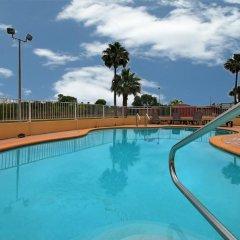 Отель Comfort Inn Kingsville Кингсвилль бассейн фото 3