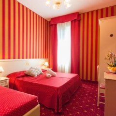 Отель Messner Palace комната для гостей