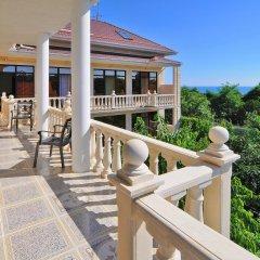 Гостевой дом Де Люкс балкон
