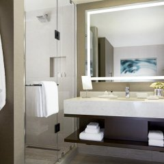 Отель Jw Marriott Minneapolis Mall Of America 4* Стандартный номер фото 5