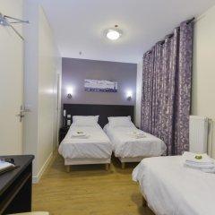 Отель Hôtel du Quai de Seine 2* Стандартный номер с различными типами кроватей фото 14