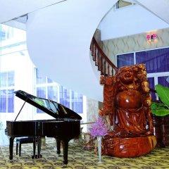 Hai Ba Trung Hotel and Spa фото 2