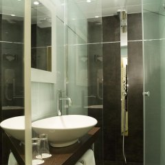 Отель Hôtel Courcelles Étoile 3* Стандартный номер с различными типами кроватей
