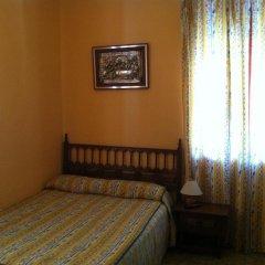 Отель Hostal Paracuellos комната для гостей фото 2