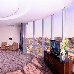 Отель Al Hamra Palace By Warwick 4* Улучшенный люкс с различными типами кроватей фото 5