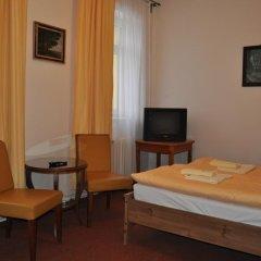 Hotel Svornost 3* Стандартный номер с двуспальной кроватью фото 11