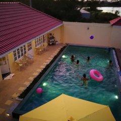 Отель Barefeet Naturist Resort бассейн фото 3