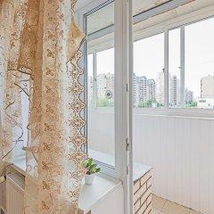 Отель Flathome24 Metro Komendanskiy Prospect Санкт-Петербург балкон