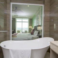 The Hanoi Club Hotel & Lake Palais Residences ванная фото 4