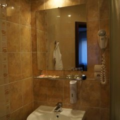 Бизнес-отель Богемия Стандартный номер с различными типами кроватей фото 34