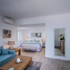 Отель Aqua Luxury Suites Люкс с различными типами кроватей фото 14